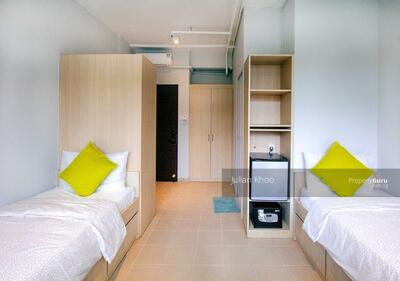 For Rent - No Owner! Master Room @ 85 Soho Suites
