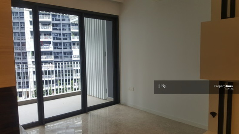 The Lakefront Residences #110618944