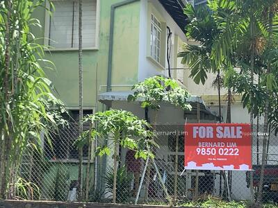 For Sale - Near Orchard at Lengkok Merak ( Off One tree hill )