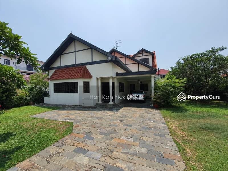 Classic Bungalow @ D15 Franke Estate For Sale #111956862