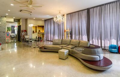 For Sale - ⭐⭐⭐ Beautiful Semi Detached House For Sale along Upper Changi Road East ⭐⭐⭐