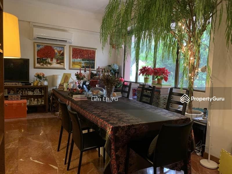 Villa Azura #113235804