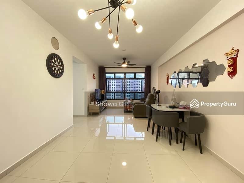 Blk 996B Buangkok Crescent #114129352