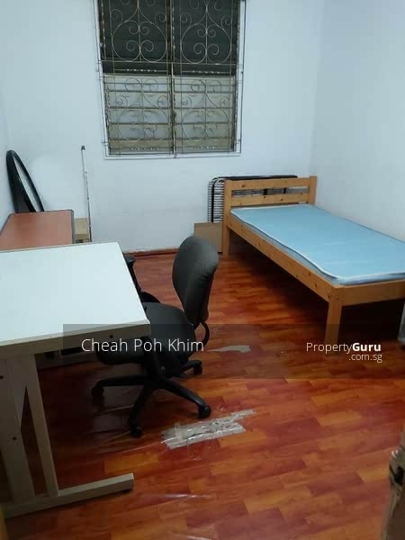 blk 837/36x HOUGANG AVE 4  (COMMON BEDROOM) $700/$800 #115703270