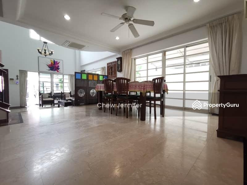 Regent Villa #120342712
