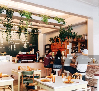For Sale - RARE F&B CBD Shophouse with Large floor plate!