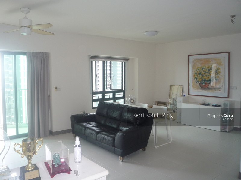 Spacious, bright and breezy living hall