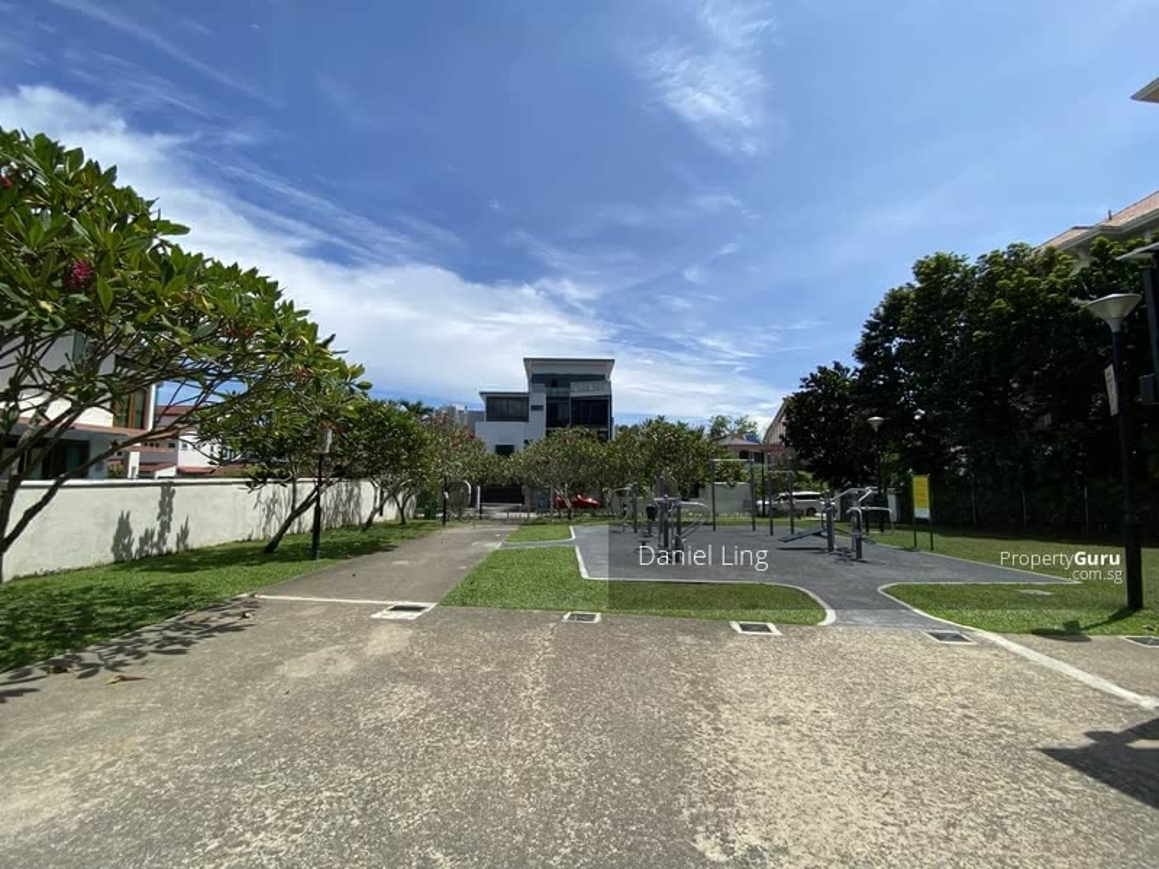 Facing Park! Around 500m walk to TKK MRT within 1Km To NYPS & RGPS House with Lift 8 paxs @ Duchess #131935318