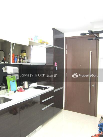 Centra Residence #124343972