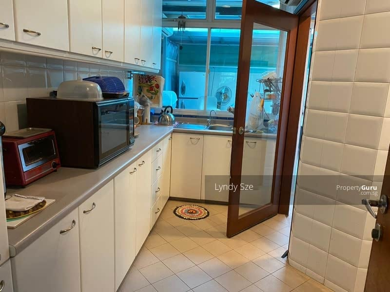 Rare Semi-D Near CHIJ Our Lady Of Good Counsel #124415718