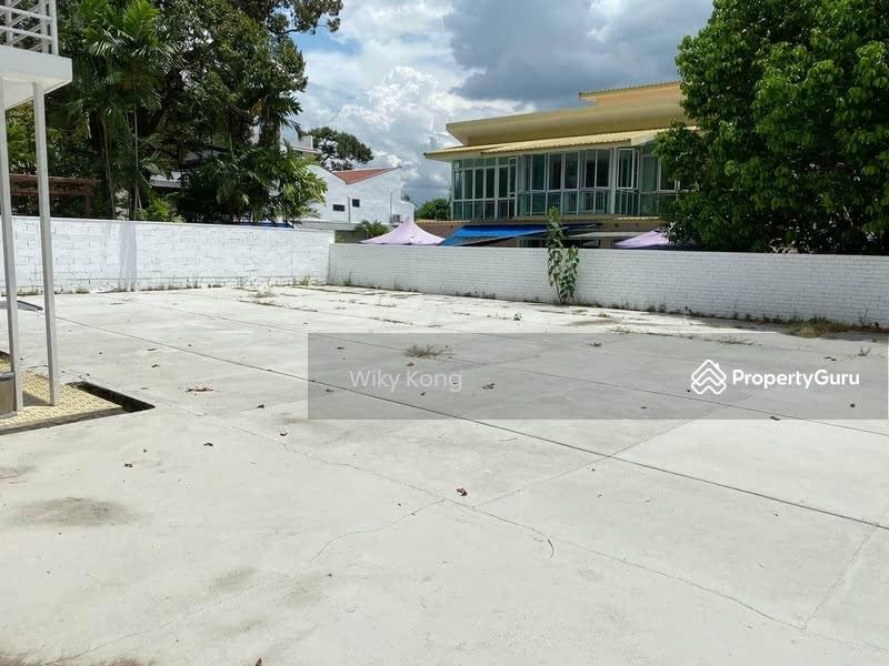 Huge squarish land for sale! #124424966
