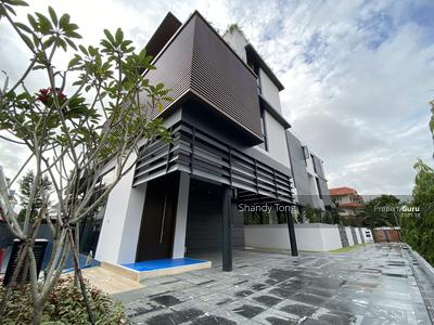 For Sale - Brand New 3. 5 Storey Detached Park up to 6 cars!