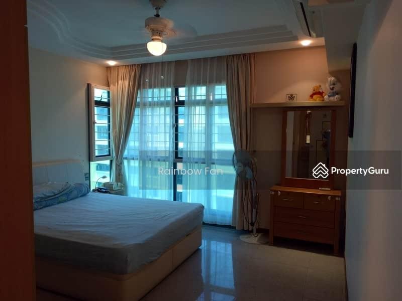654B Jurong West Street 61 #125403512