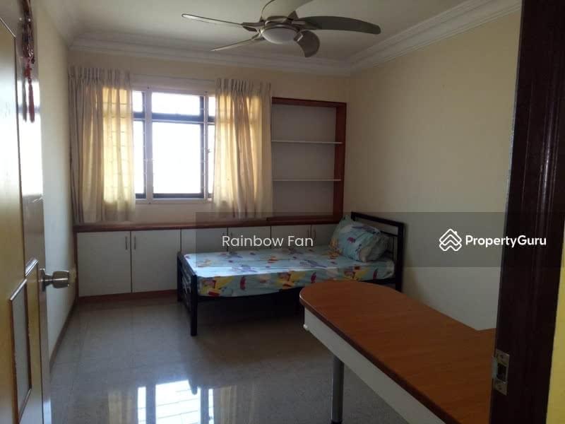 654B Jurong West Street 61 #125403520
