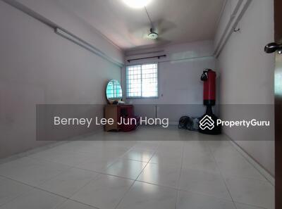 For Rent - 242 Yishun Ring Road