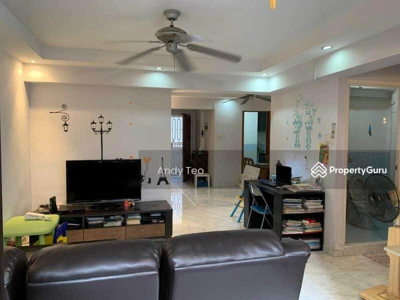 656C Jurong West Street 61 #126590790