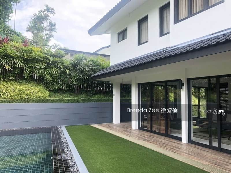 Freehold bungalow in Sunset estate, Singapore