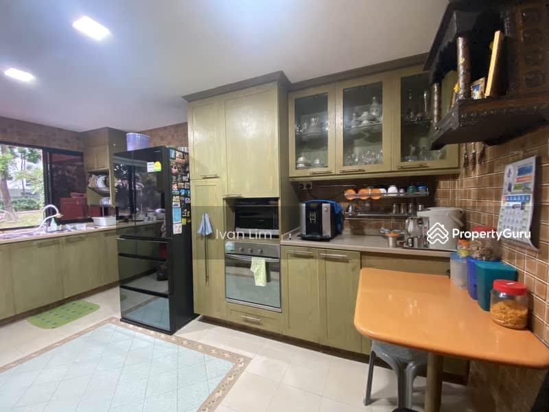 Astoria Apartment #126921658