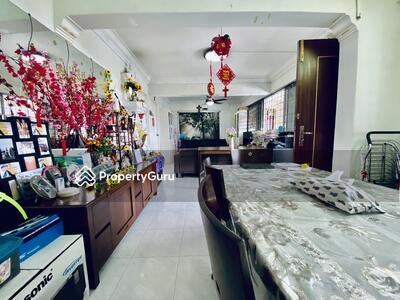 For Sale - 176 Ang Mo Kio Avenue 4
