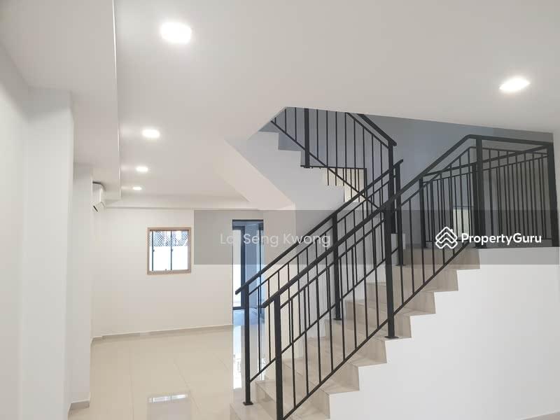 Sennett Estate #127214356