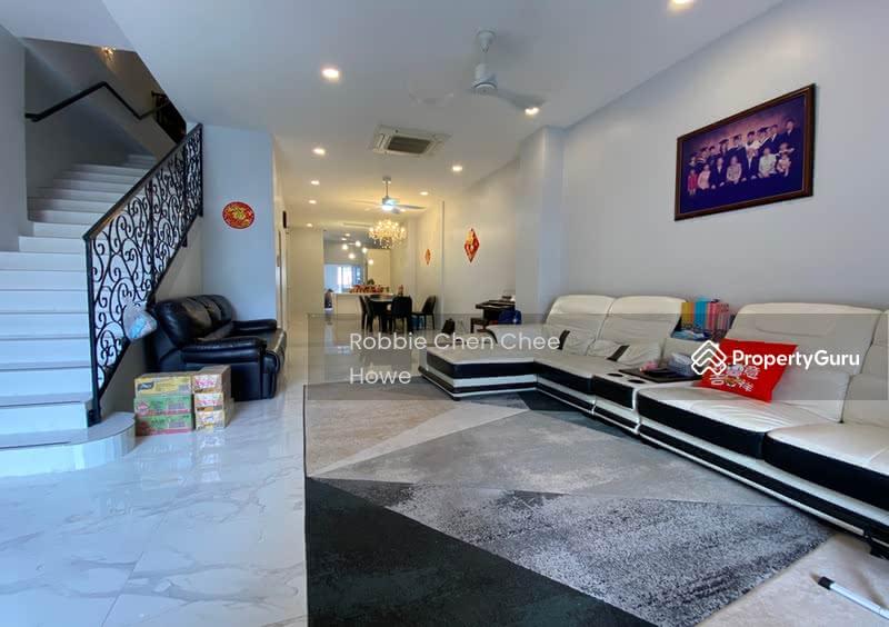 Renovated Terrace House in Sembawang Hill Estate Jalan Menarong #127207418