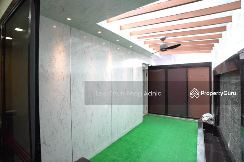 HongKong Street #127411780