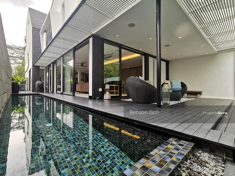 For Sale - ★ Hillview Garden ★ Modern Semi-D with Pool ★
