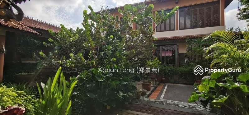 Good class bungalow along Binjal park for sale. Unique layout #128312010