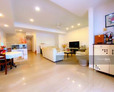 For Sale - D19 Li Hwan ★ $4. 2m Freehold Rare 2 Sty Corner Terrace ★ Serangoon Garden ★ Renovated