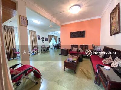 For Sale - 1km to Tao Nan, CHIJ, wide frontage,  Corner unit, St patrick, East Coast