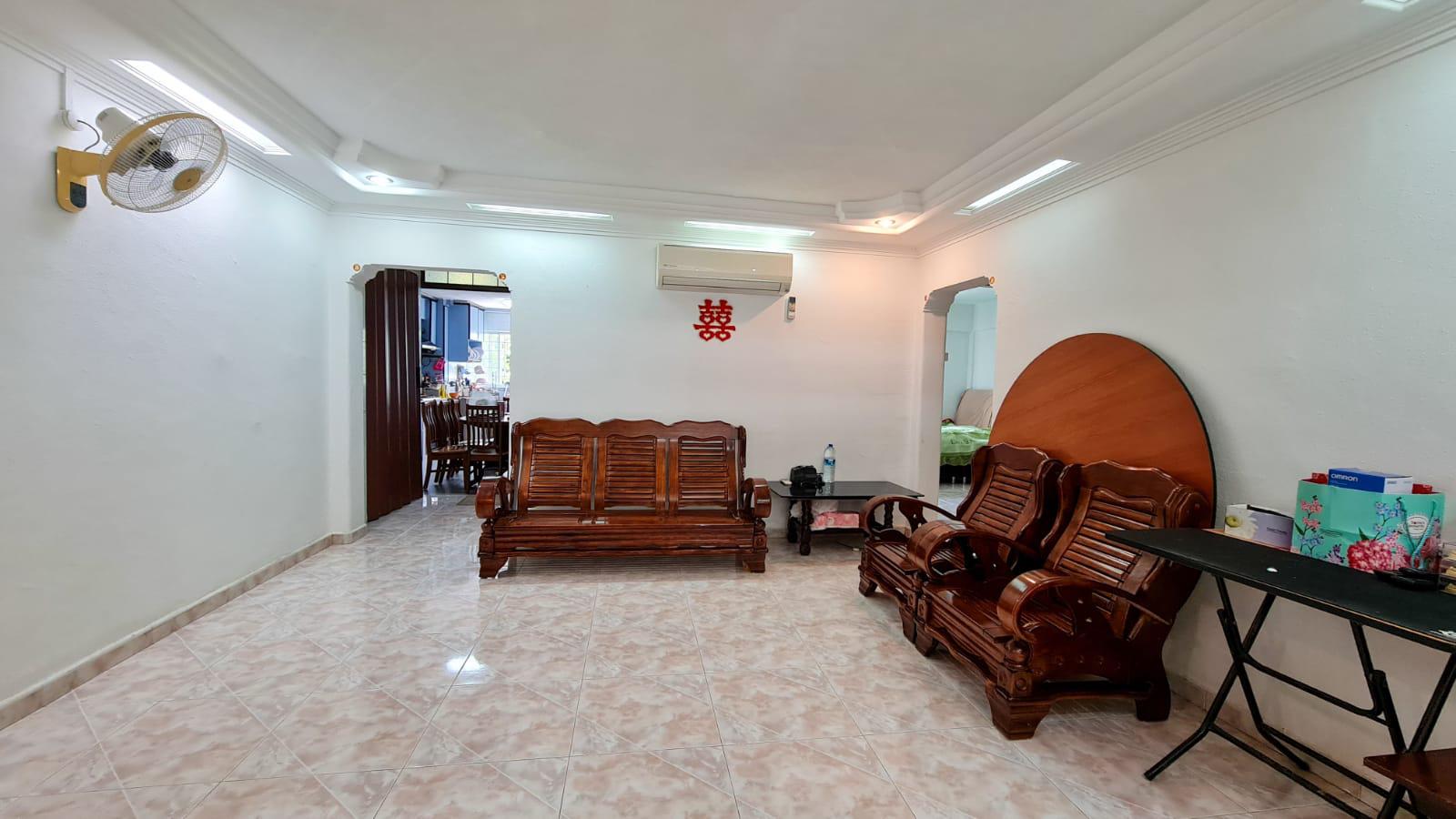 405 Hougang Avenue 10 #127696206