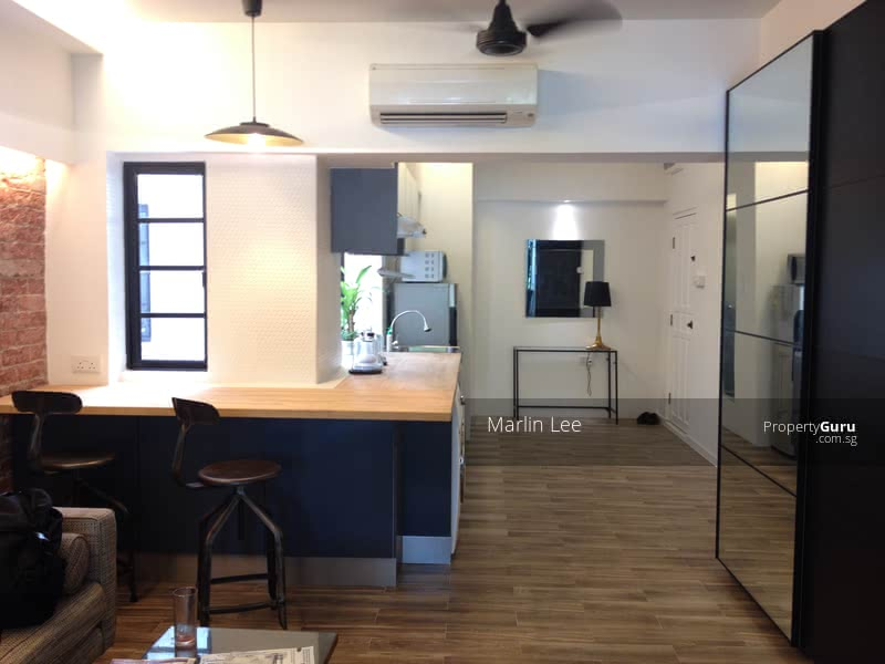 """2 bedrooms - """"Cafe"""" / Kitchen area"""