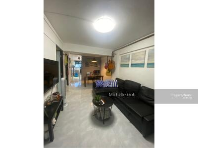 For Sale - 31 Holland Close