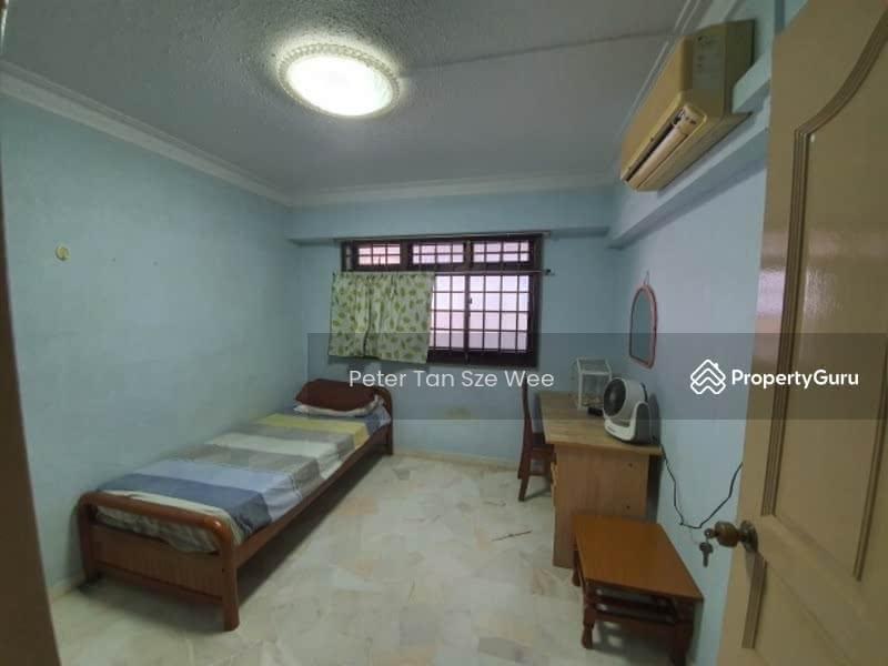 756 Yishun Street 72 #128018262