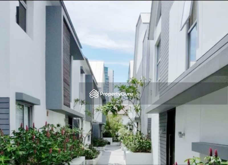 Cotswold villas #128805092