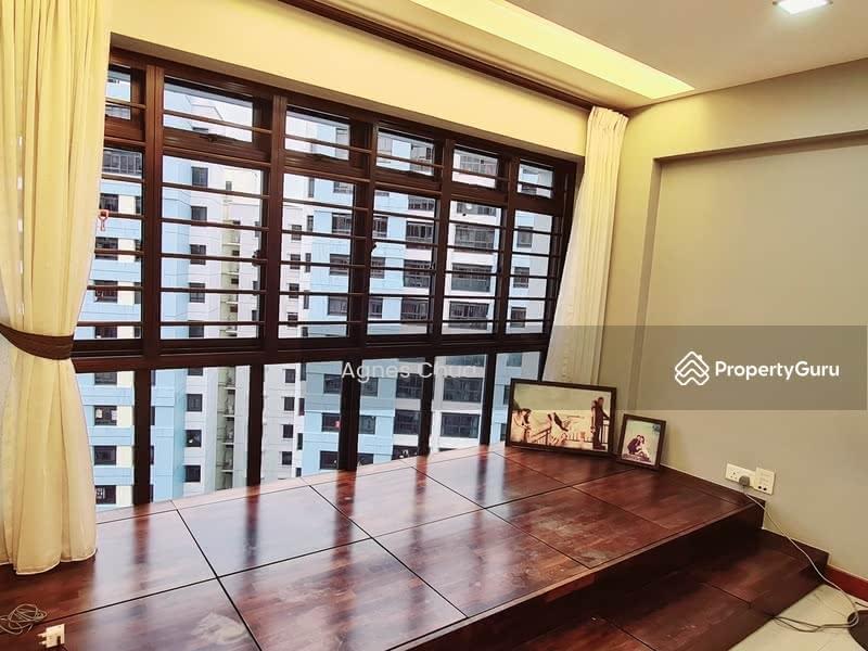 987B Jurong West Street 93 #128154370