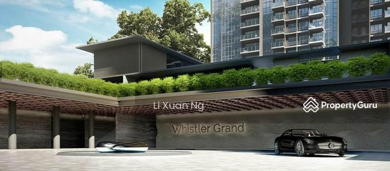 Whistler Grand #128230222