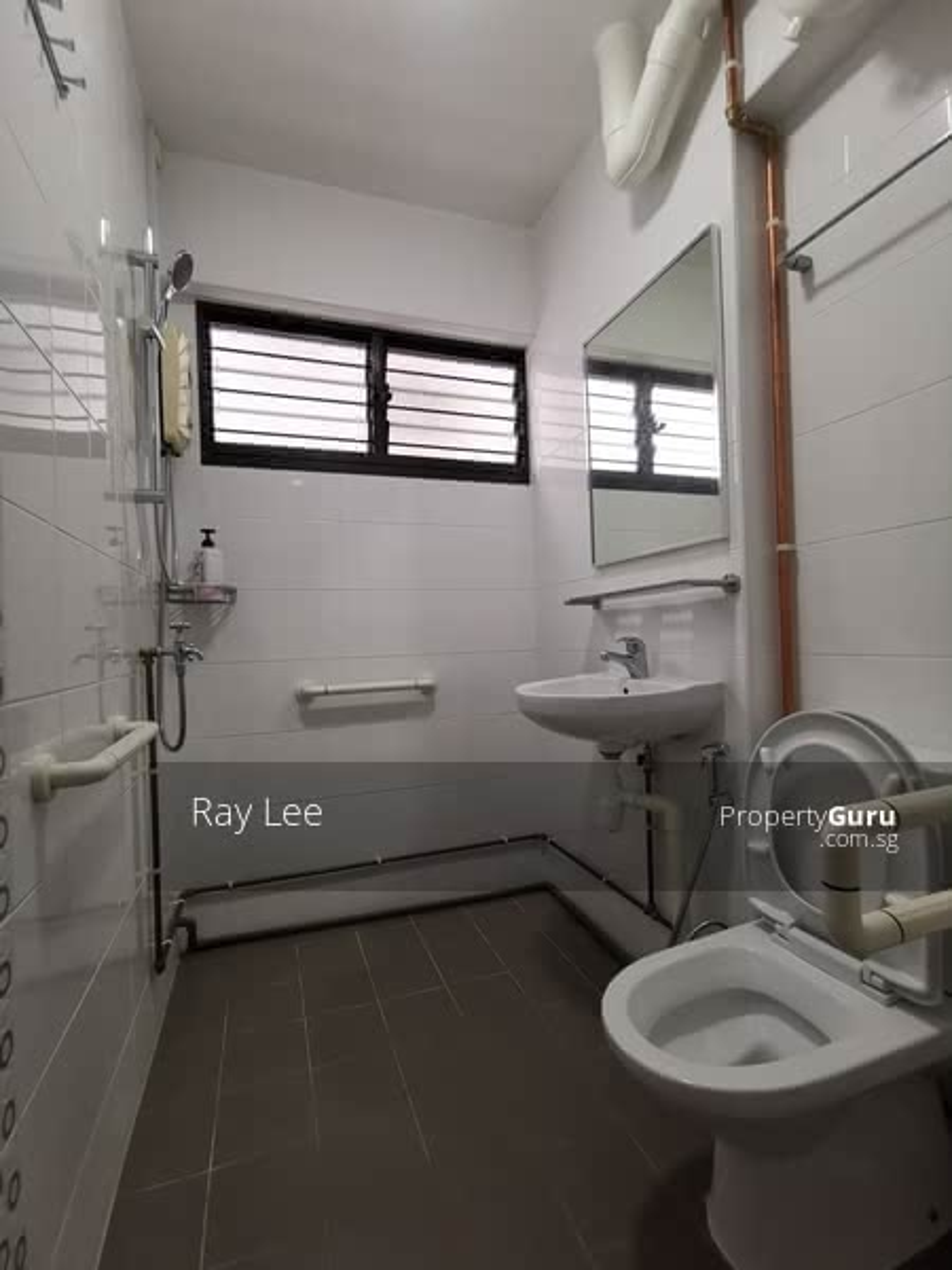 105 Towner Road - Common Bathroom