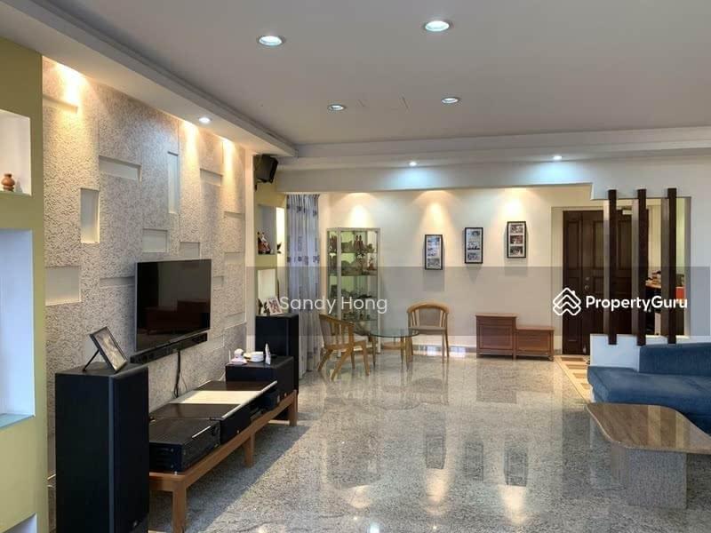 671A Jurong West Street 65 #128403648