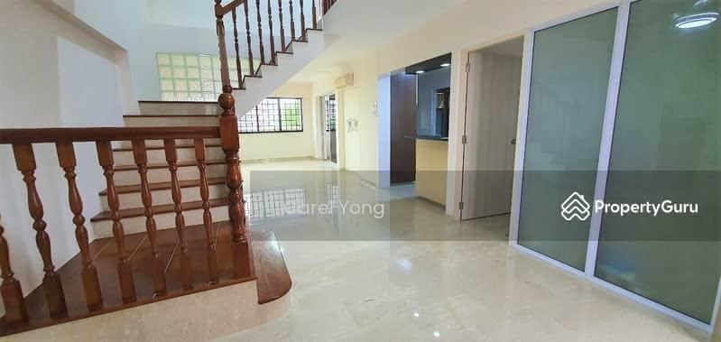 449 Hougang Avenue 10 #128405934