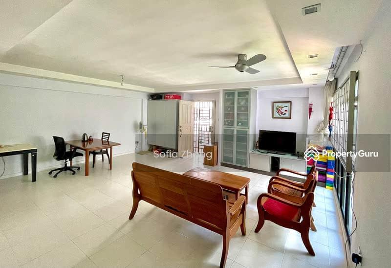 672A Jurong West Street 65 #128447390