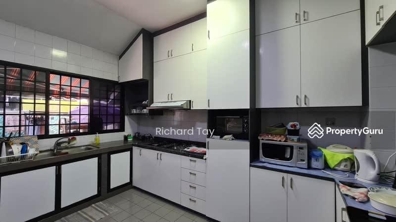 *** Beautiful Cosy Home At Katong *** #128453606