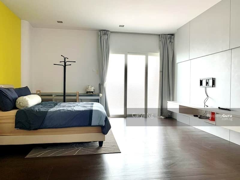 ⭐️D19⭐️ Rare 3 Storey Corner-T @ Quaint Corner Terrace in Serangoon/Kovan Vicinity #128474200