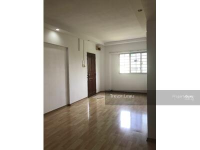 For Sale - 215 Jurong East Street 21