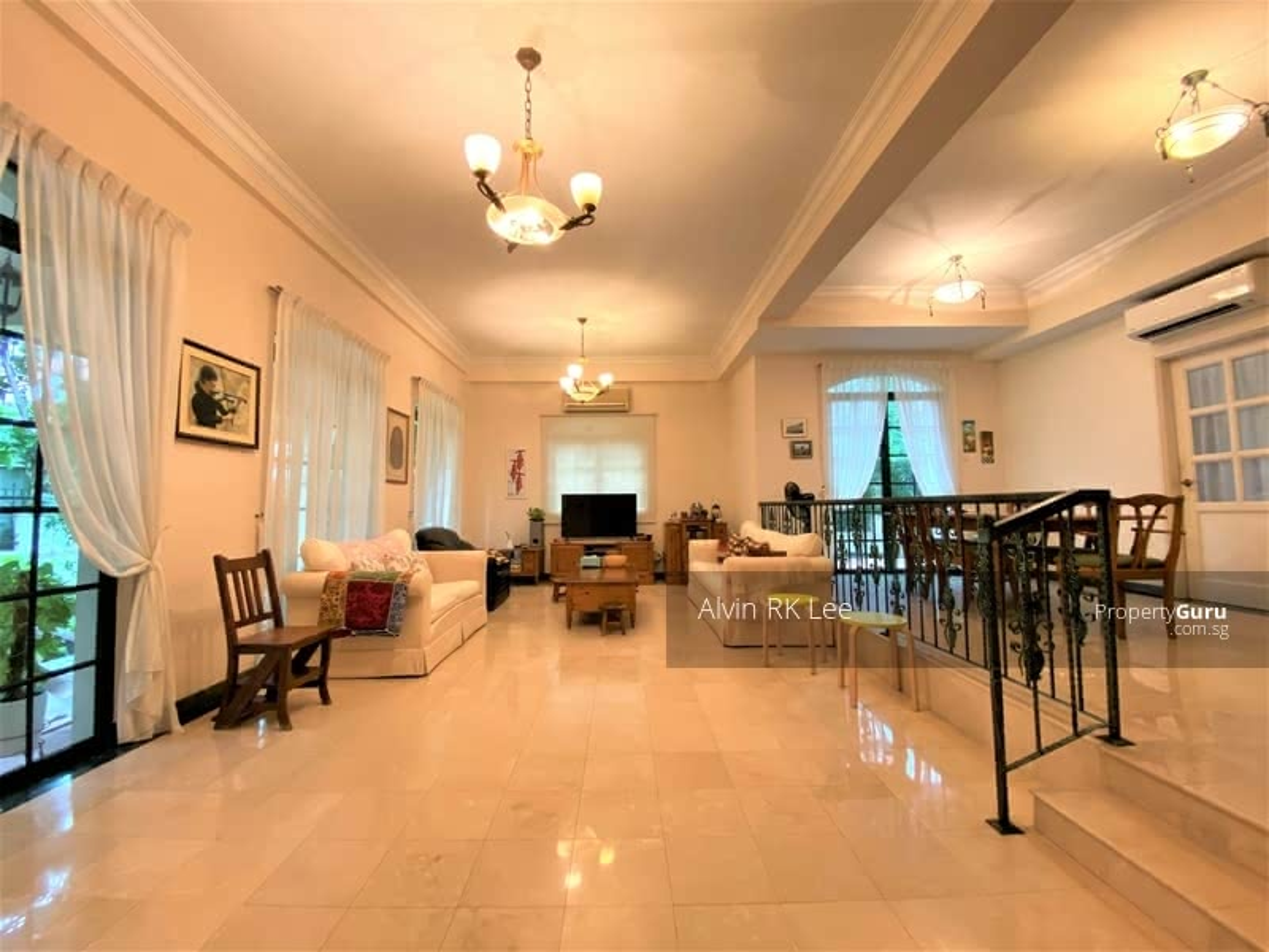 Bungalow House Nestled In Seletar Landed Enclave #128530126
