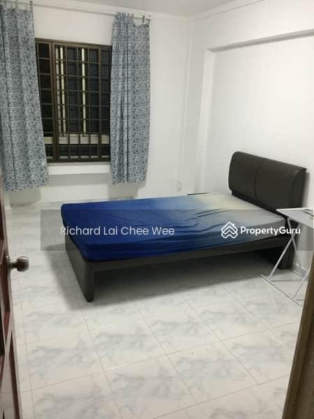 706 Jurong West Street 71 #129576316