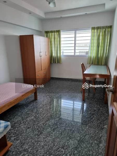 408 Hougang Avenue 10 #128552636