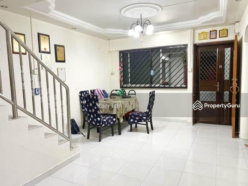 221 Hougang Street 21 #128557056