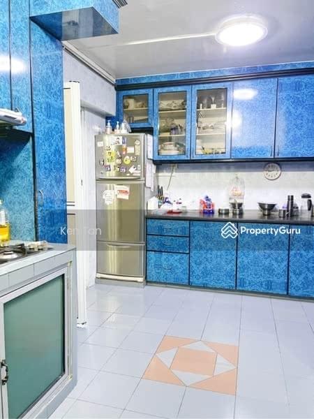 221 Hougang Street 21 #128557066