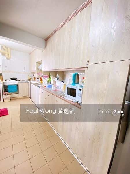212 Jurong East Street 21 #128579192